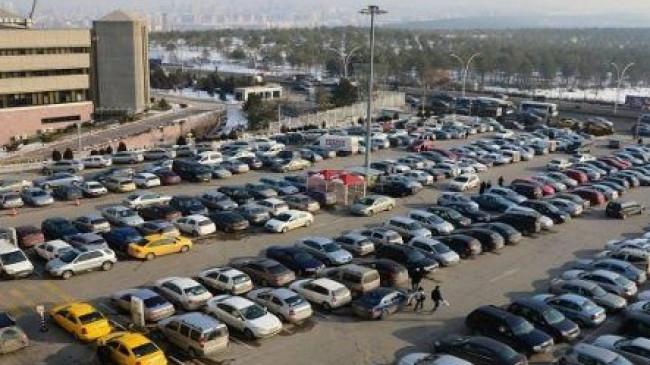 Ankara'da belediye otoparklarının 24 saatinin 1 TL olacak