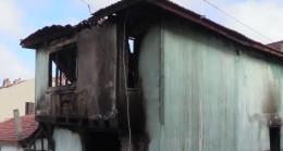 Eskişehir'de ev yangını: 2 ölü