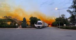 Fabrikadan sızan kimyasal madde gökyüzünü turuncuya boyadı